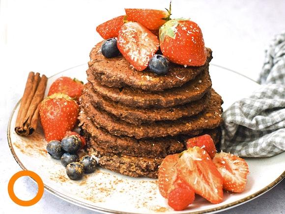 Chocolade pannenkoeken met aardbeien